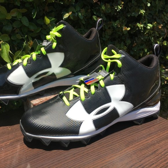 New Mens Size 16 Rm Football Cleats